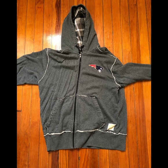 new products 7004e a3d90 Vintage New England Patriots Men's Zip Hoodie